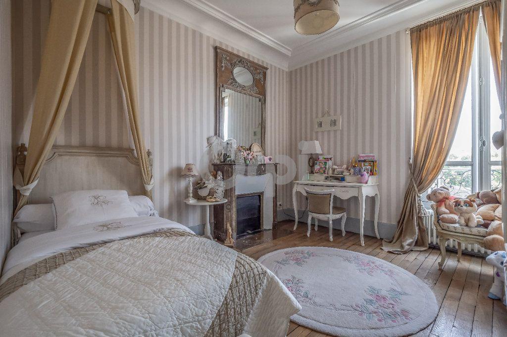 Maison à vendre 9 246m2 à Le Raincy vignette-9
