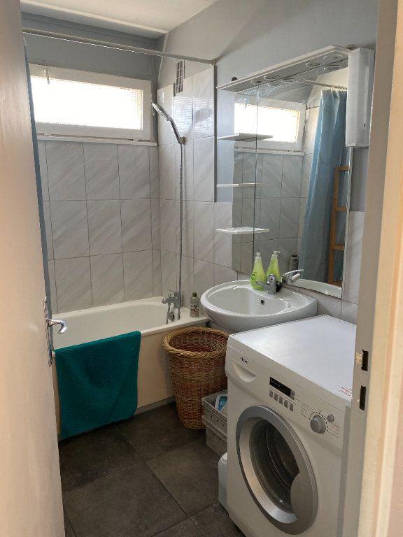 Appartement à louer 2 50m2 à Villemomble vignette-5