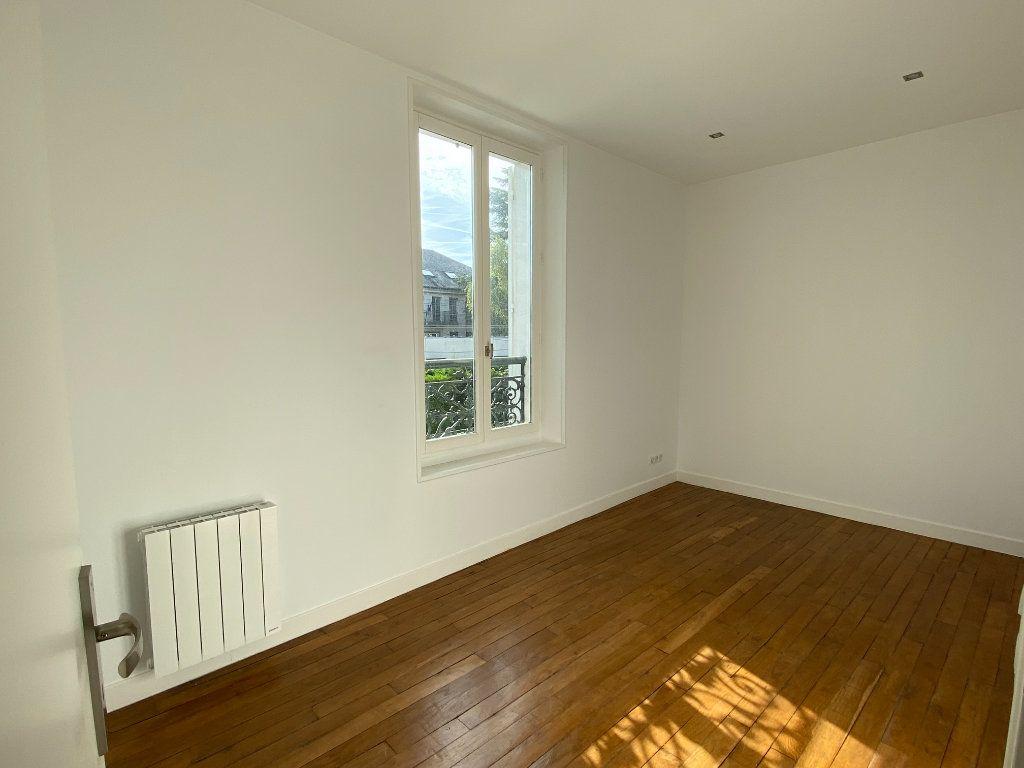 Appartement à louer 3 58m2 à Le Raincy vignette-4