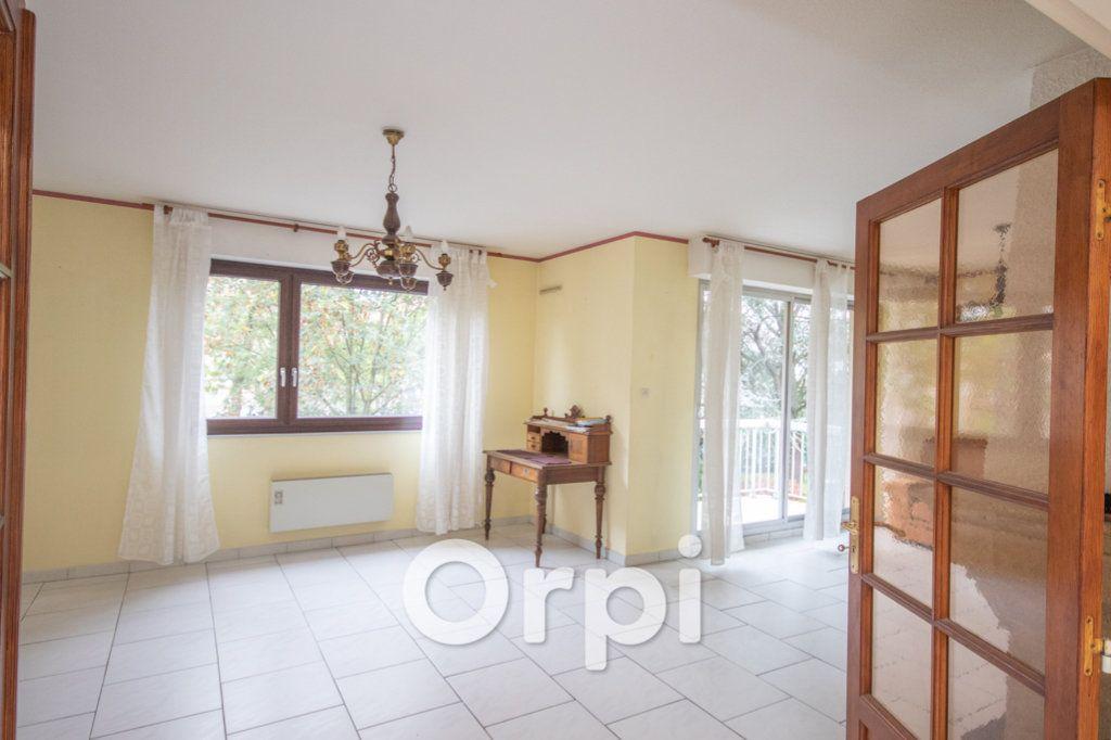 Appartement à vendre 5 124.93m2 à Ittenheim vignette-5