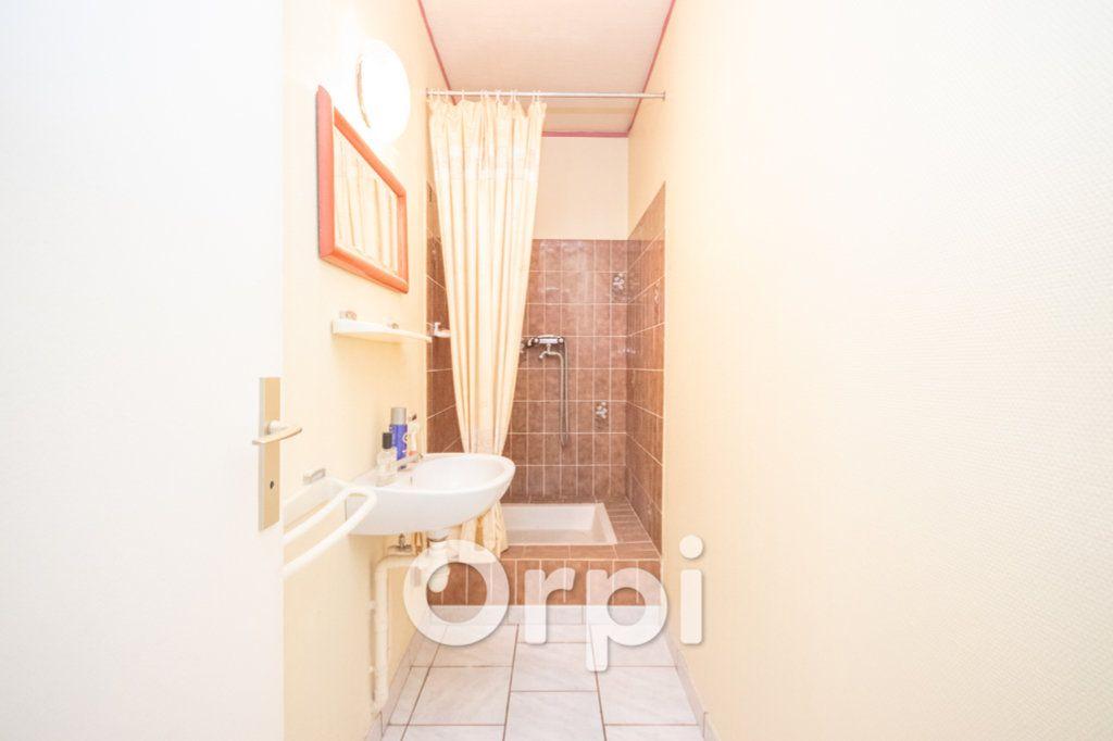 Appartement à vendre 5 124.93m2 à Ittenheim vignette-8