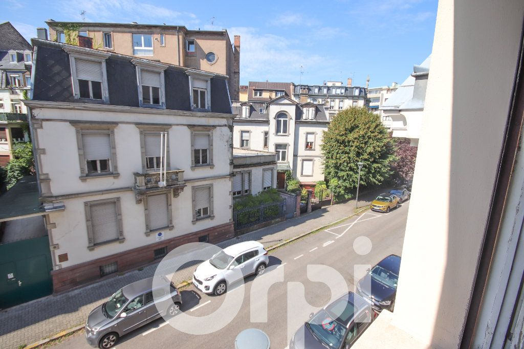 Appartement à vendre 3 52.77m2 à Strasbourg vignette-1
