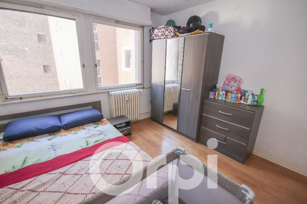 Appartement à vendre 3 52.77m2 à Strasbourg vignette-7
