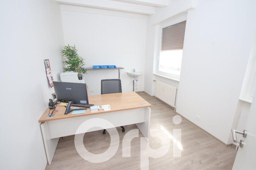Immeuble à vendre 0 750m2 à Truchtersheim vignette-12