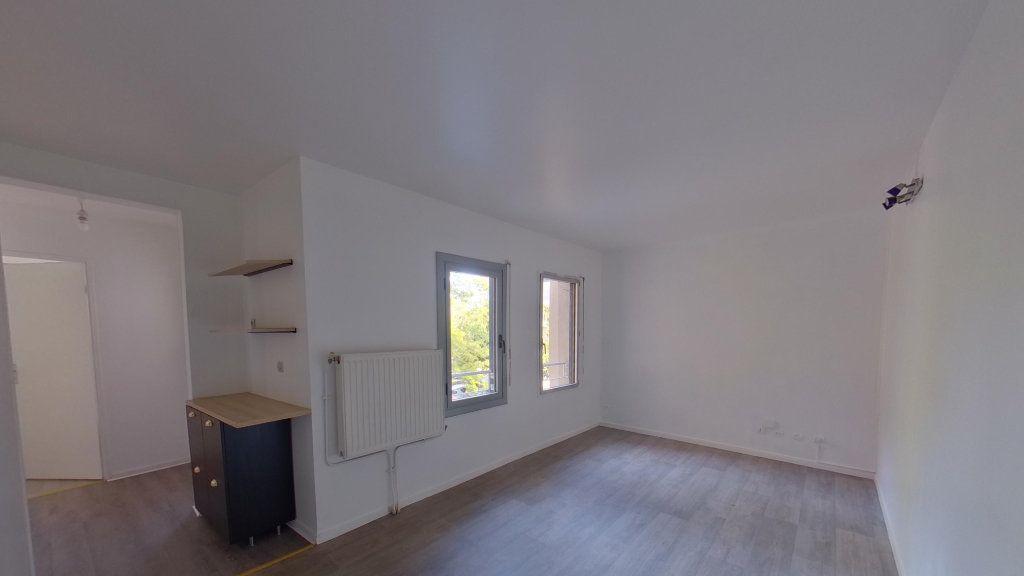 Appartement à louer 1 25m2 à Eaubonne vignette-1