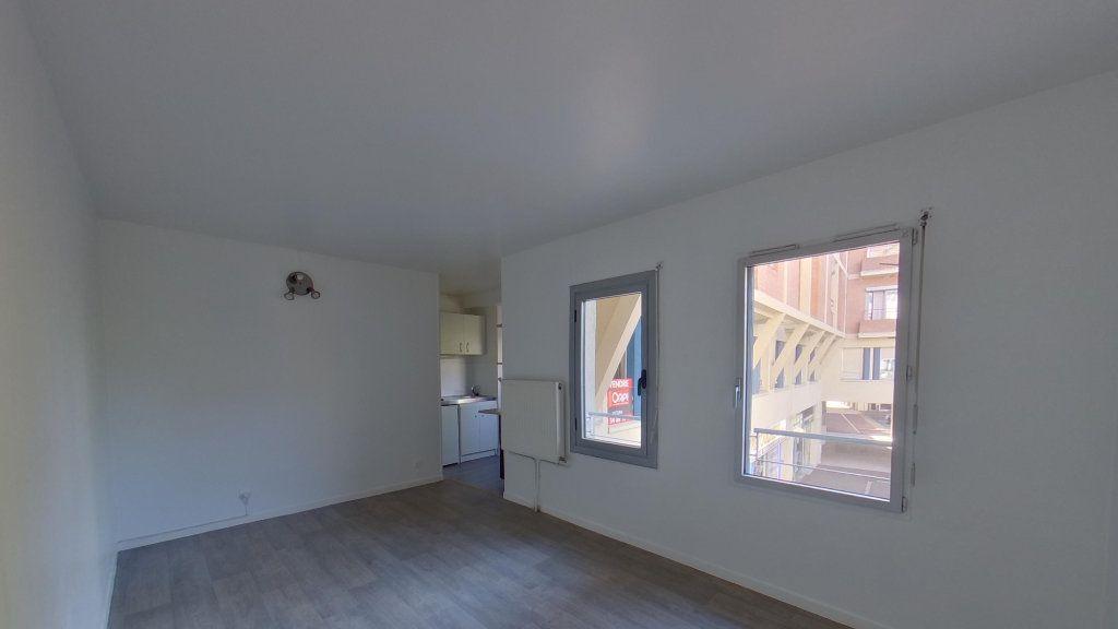 Appartement à louer 1 25m2 à Eaubonne vignette-2