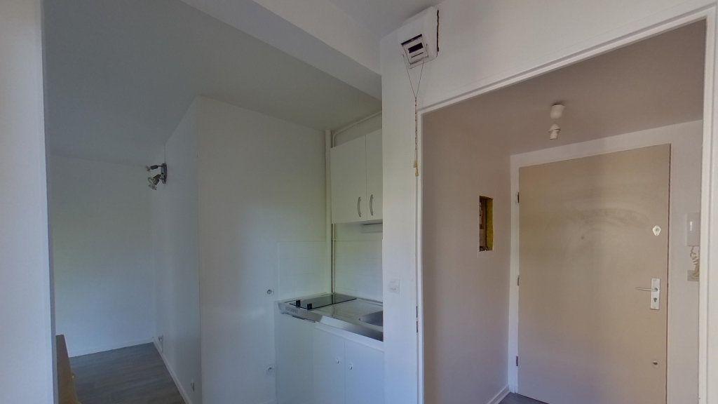 Appartement à louer 1 25m2 à Eaubonne vignette-3