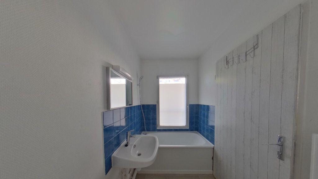 Appartement à louer 1 25m2 à Eaubonne vignette-4