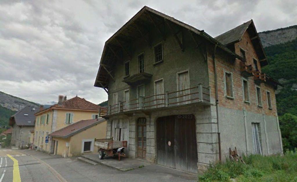 Maison à vendre 10 585m2 à Allèves vignette-1