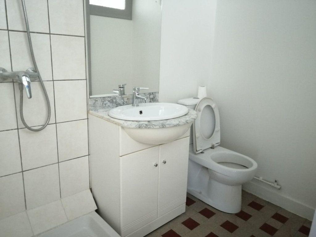 Appartement à louer 2 35.97m2 à Annecy vignette-5