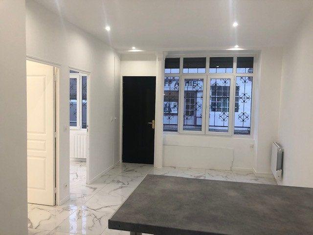 Appartement à vendre 3 43m2 à Montreuil vignette-1