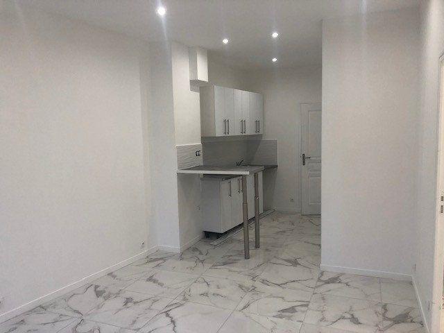 Appartement à vendre 3 43m2 à Montreuil vignette-3