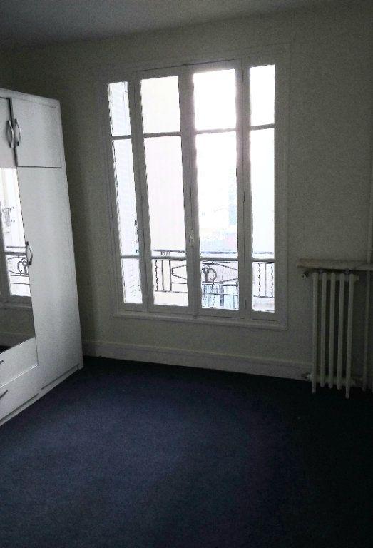 Appartement à louer 2 37.69m2 à Paris 18 vignette-4