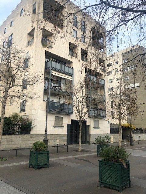 Appartement à vendre 2 42m2 à Paris 12 vignette-3