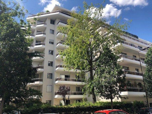 Appartement à vendre 2 48.84m2 à Vincennes vignette-1