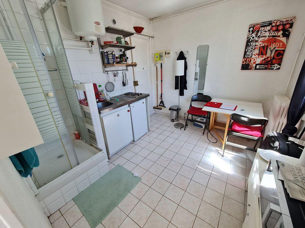 Appartement à louer 2 18.3m2 à Saint-Mandé vignette-1