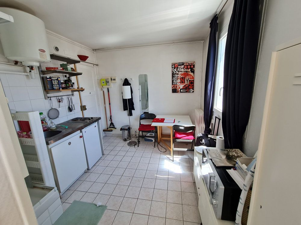 Appartement à louer 2 18.3m2 à Saint-Mandé vignette-3