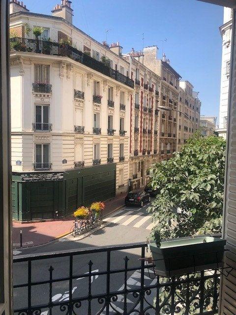 Appartement à louer 3 52.57m2 à Vincennes vignette-1