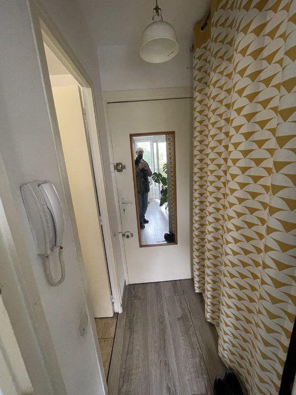 Appartement à louer 1 20.23m2 à Saint-Mandé vignette-8
