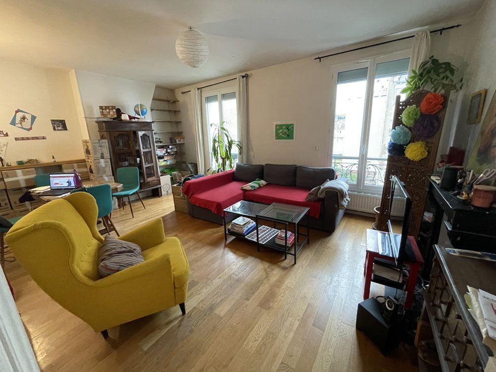 Appartement à louer 4 90.61m2 à Vincennes vignette-2