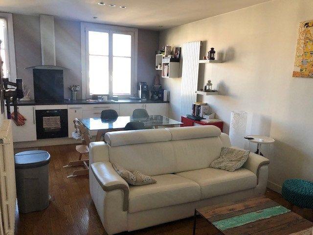 Appartement à louer 3 66m2 à Vincennes vignette-1