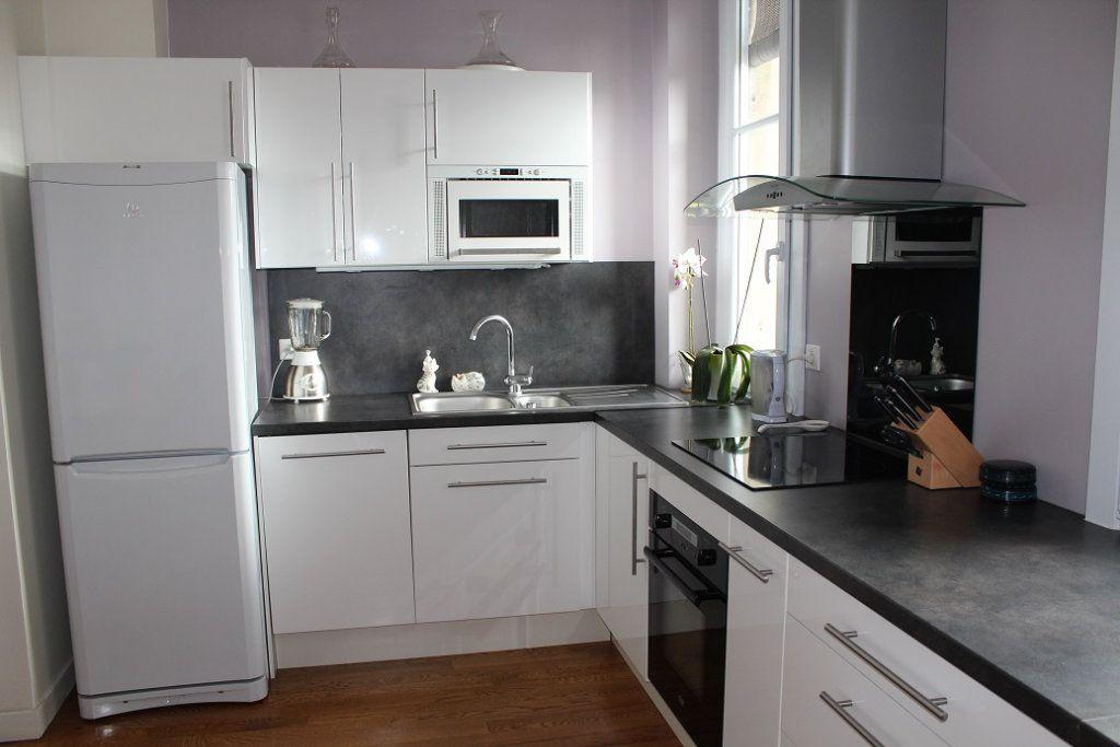 Appartement à louer 3 66m2 à Vincennes vignette-2