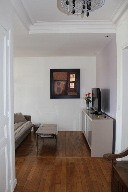Appartement à louer 3 66m2 à Vincennes vignette-3