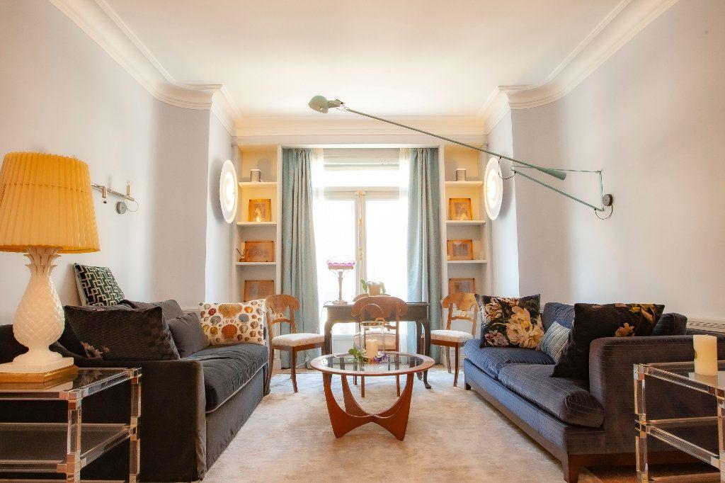 Appartement à vendre 2 68m2 à Nice vignette-1