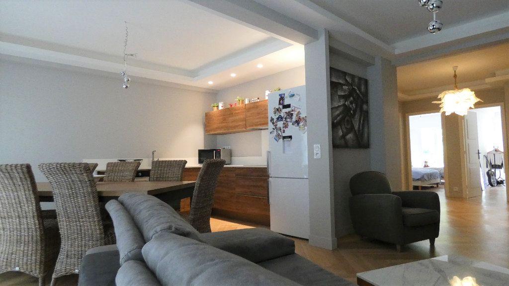 Appartement à vendre 3 79m2 à Nice vignette-1