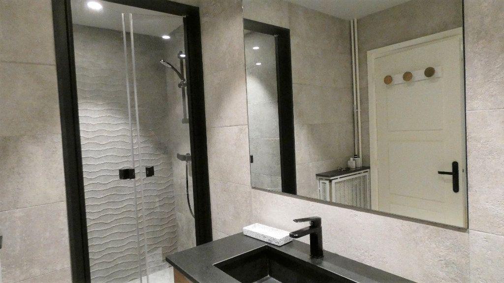 Appartement à vendre 3 79m2 à Nice vignette-6