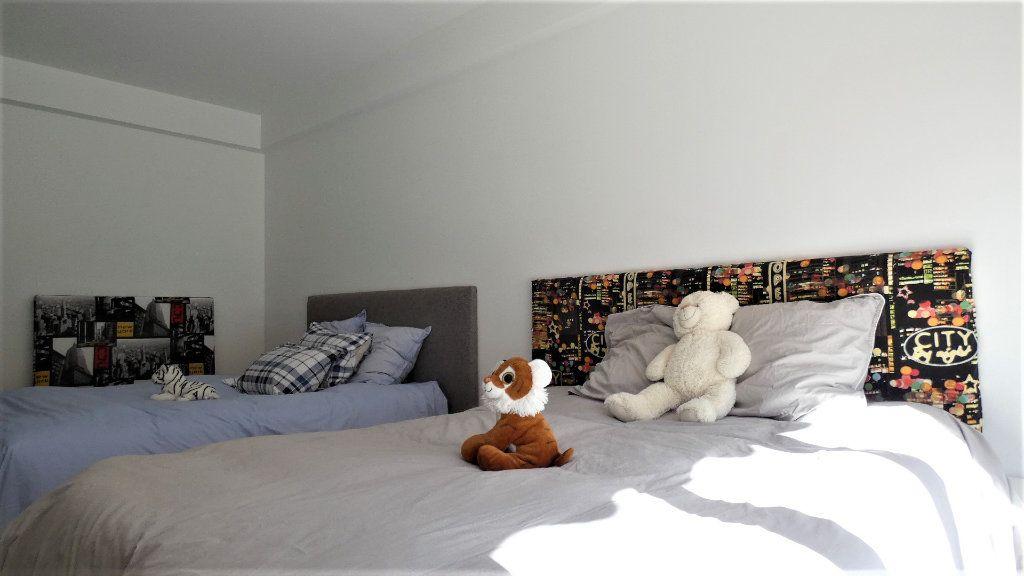 Appartement à vendre 3 79m2 à Nice vignette-9