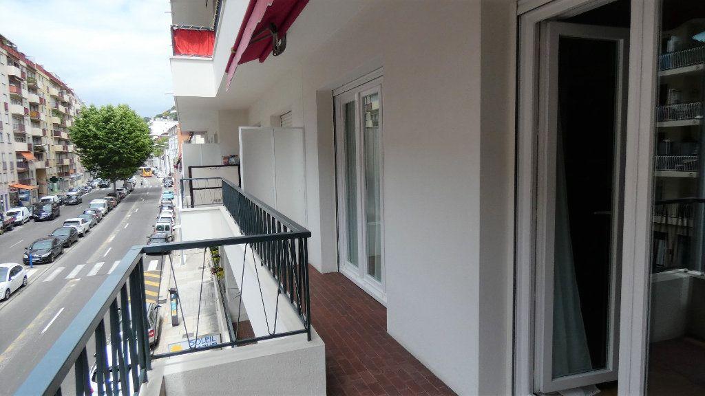 Appartement à vendre 3 79m2 à Nice vignette-12