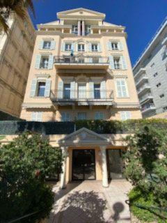 Appartement à vendre 4 110.46m2 à Nice vignette-6