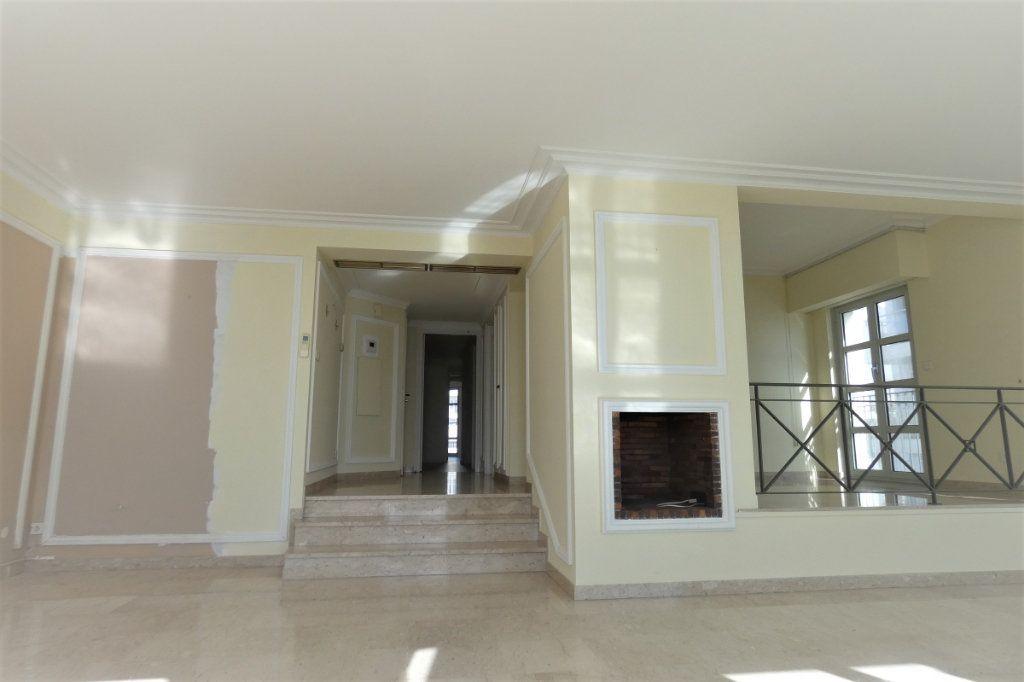 Appartement à vendre 4 110.46m2 à Nice vignette-9