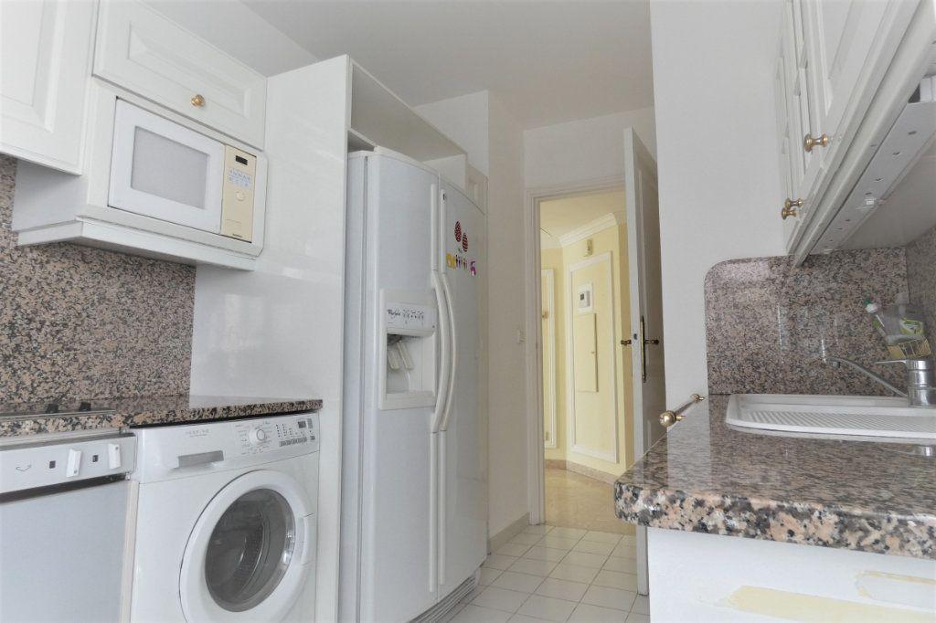 Appartement à vendre 4 110.46m2 à Nice vignette-10