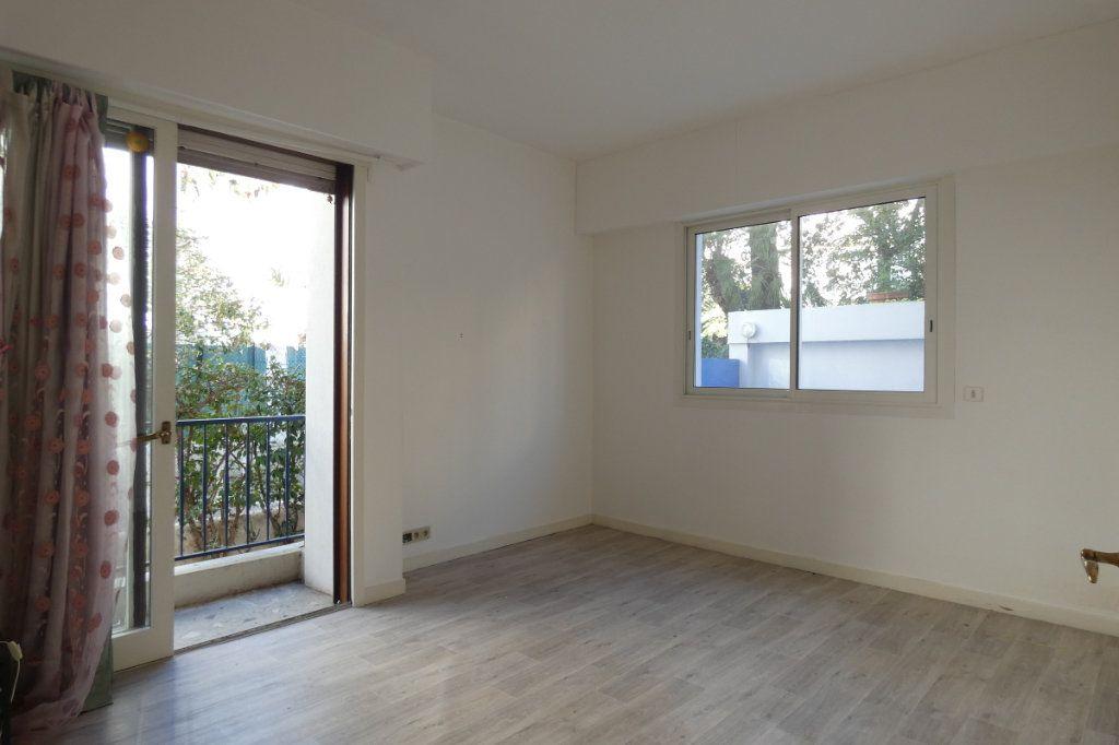 Appartement à vendre 3 47.7m2 à Nice vignette-2