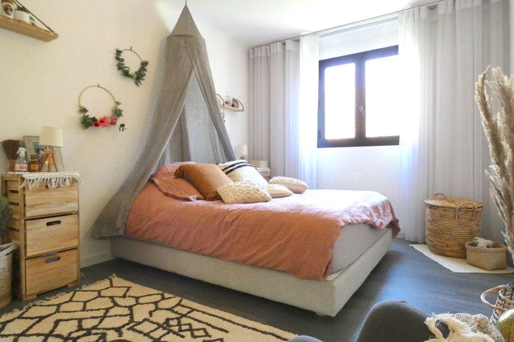 Appartement à vendre 4 70m2 à Nice vignette-4