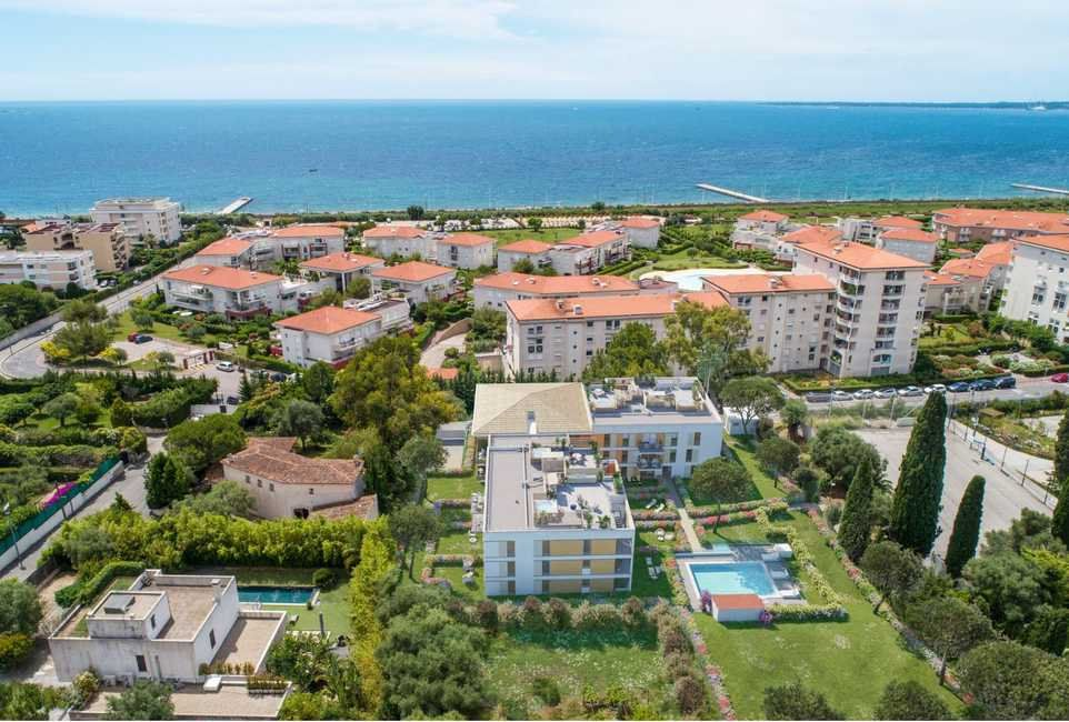 Appartement à vendre 3 61.6m2 à Antibes vignette-3