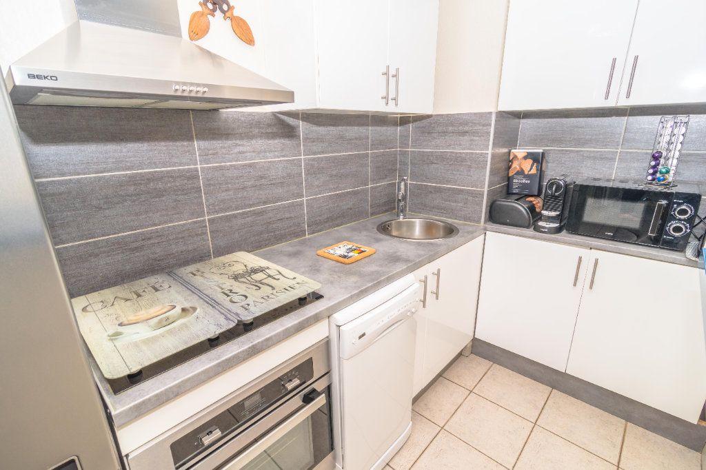 Appartement à vendre 2 43.5m2 à Nice vignette-5