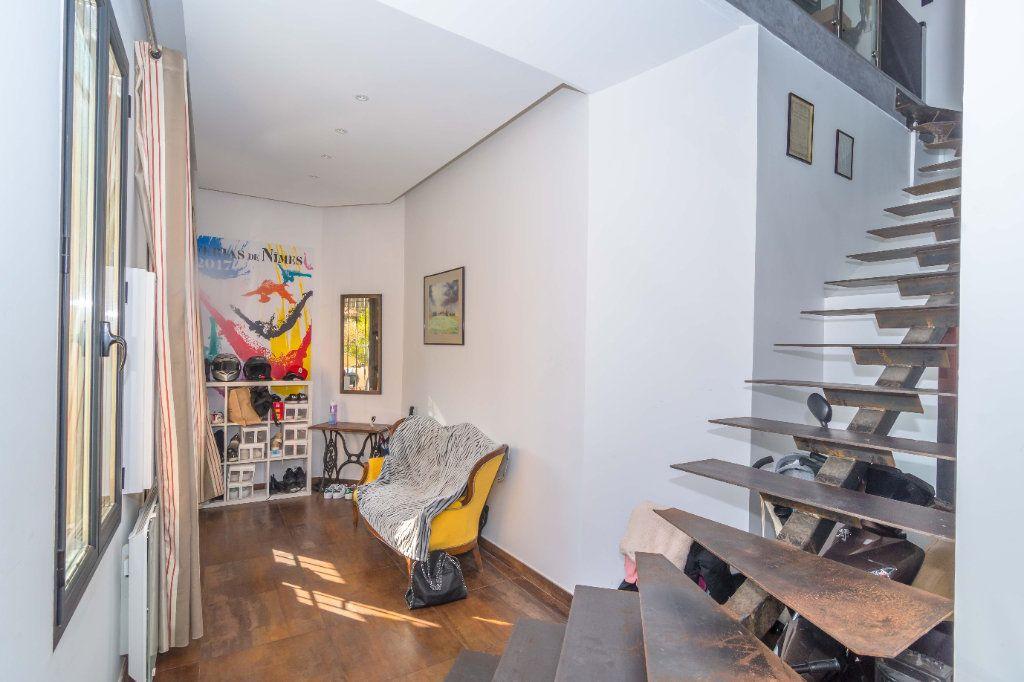 Maison à vendre 5 193m2 à Nice vignette-3