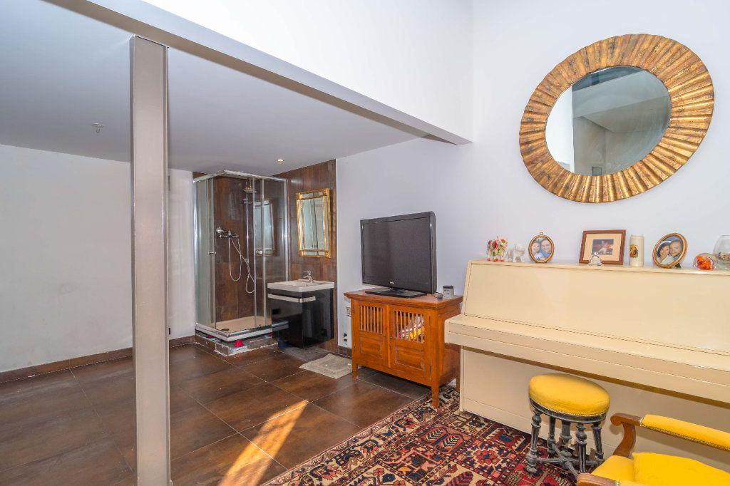 Maison à vendre 5 193m2 à Nice vignette-5
