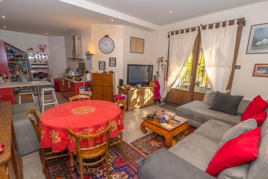 Maison à vendre 5 193m2 à Nice vignette-8