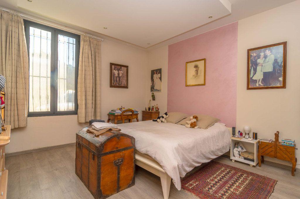 Maison à vendre 5 193m2 à Nice vignette-9