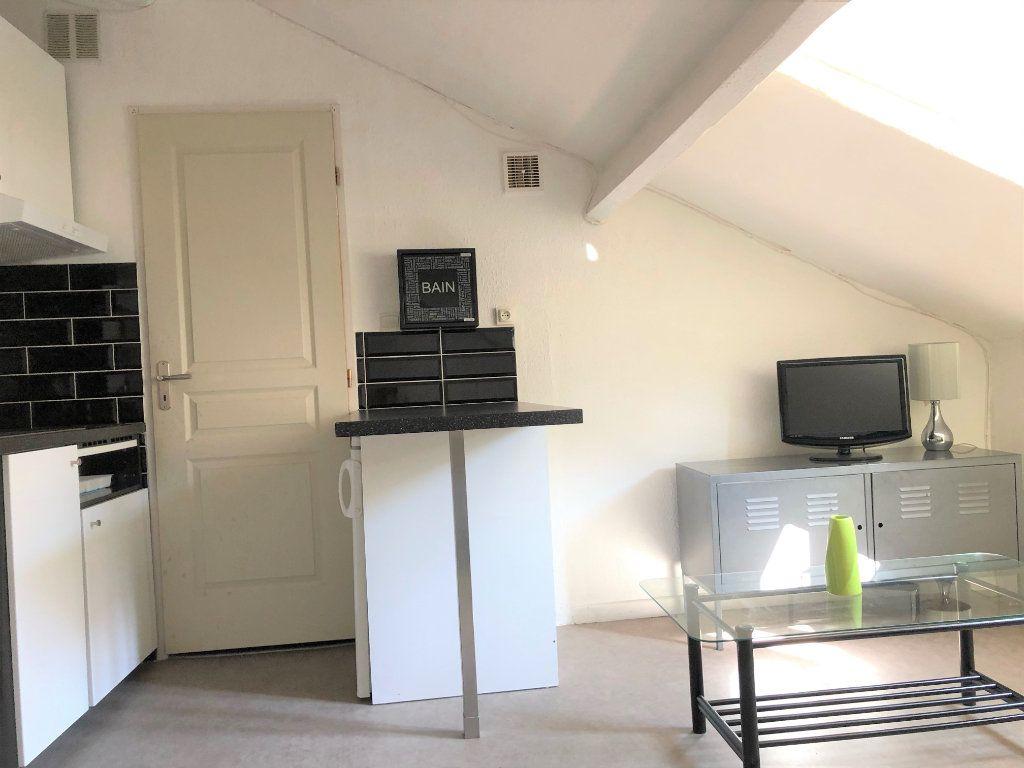 Appartement à vendre 1 11m2 à Nice vignette-2