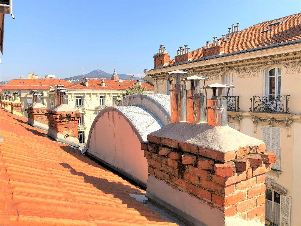 Appartement à vendre 1 11m2 à Nice vignette-3
