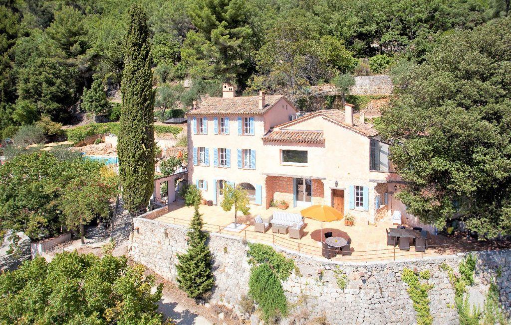 Maison à vendre 9 359m2 à Grasse vignette-1