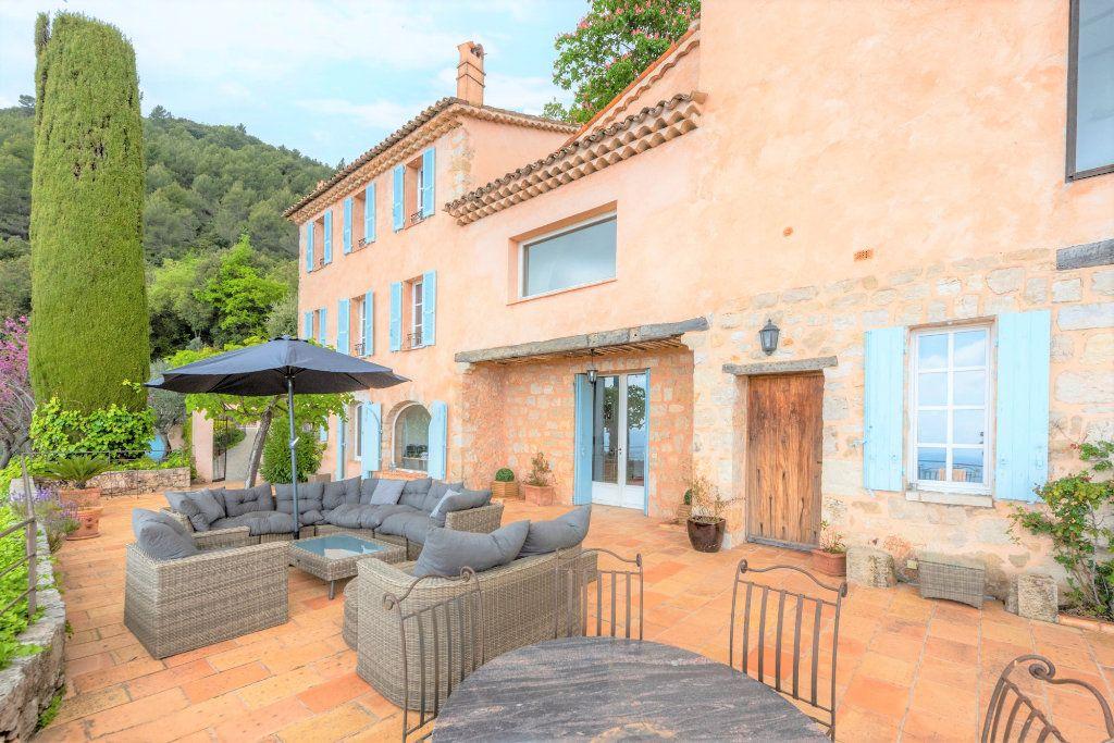Maison à vendre 9 359m2 à Grasse vignette-6