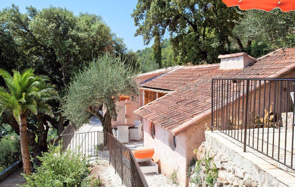 Maison à vendre 9 359m2 à Grasse vignette-9