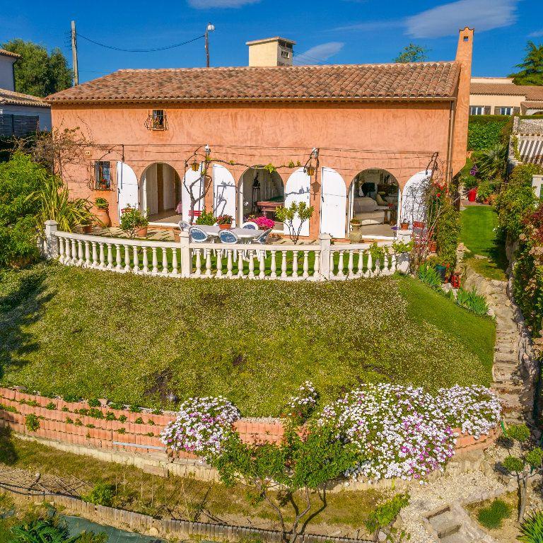 Maison à vendre 4 150m2 à Nice vignette-1