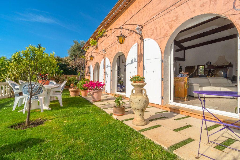 Maison à vendre 4 150m2 à Nice vignette-2